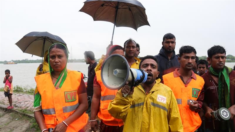 Bangladesh evacuates 300000 people ahead of Cyclone Bulbul