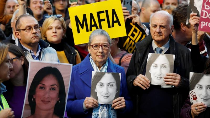 Malta: Ruling party MPs back PM to stay in power despite protests
