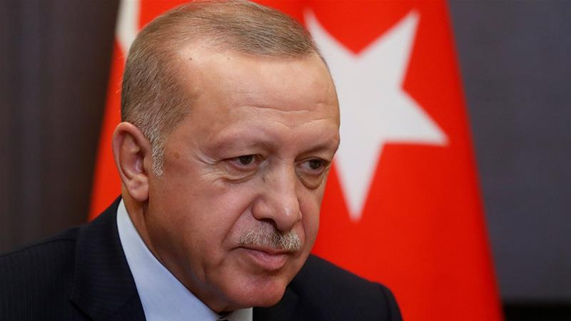 Erdogan said world powers were more concerned about sending arms to Syria than supporting a 'safe zone' [File: Sergei Chirikov/Reuters]