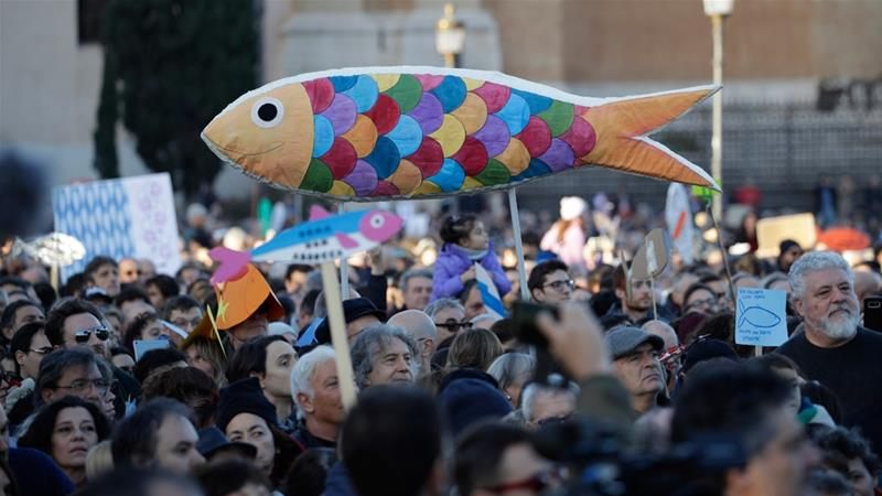 'Sardines' pack in for anti-Salvini Rome protest
