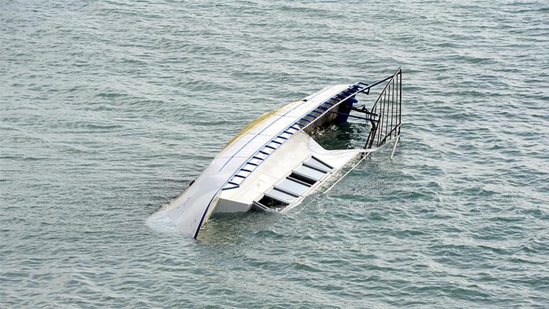 Siete inmigrantes indocumentados murieron cuando su barco se hundió en el lago Van de Turquía [Sener Toktas / Agencia Anadolu]