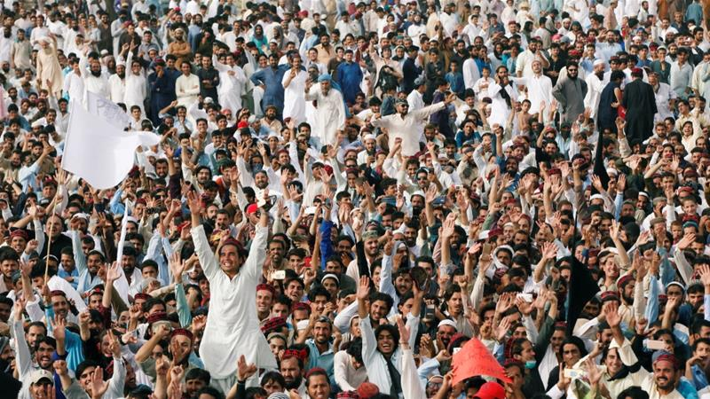 Members of the Pashtun community rally in Karachi against what they say are human rights violations [Akhtar Soomro/Reuters]