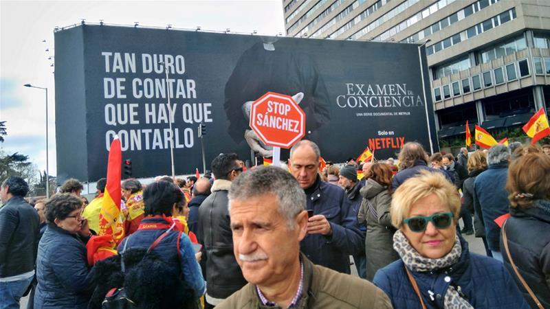 Spanish nationalists call for Pedro Sanchez's resignation