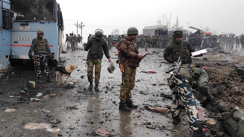 Attack kills 25 soldiers in Indian Kashmir