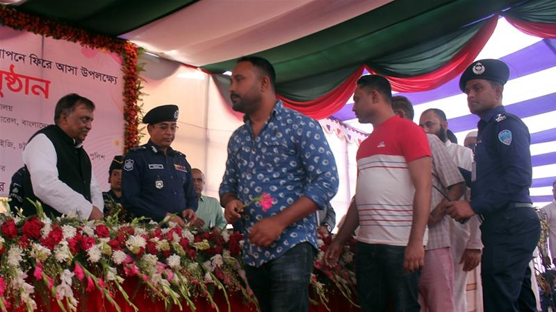 Over 100 drug dealers surrender in Bangladesh crackdown