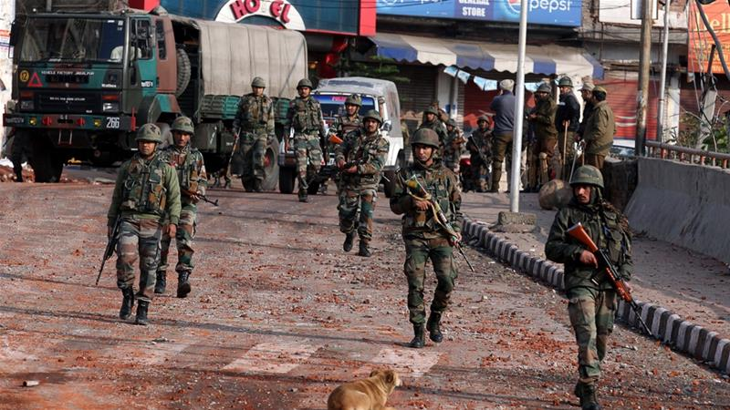 India withdraws security for Kashmiri separatists, stoking fears