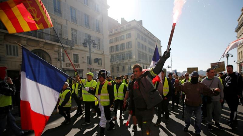 The Council of Europe's human rights commissioner has condemned the excessive use of violence by French authorities on 'yellow vest' protesters [Jean-Paul Pelissier/Reuters]