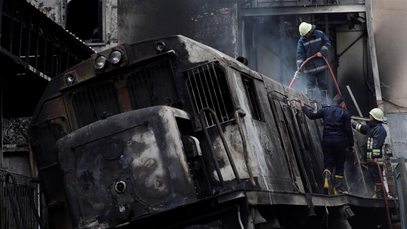 At least 25 killed in fire at Cairo railway station