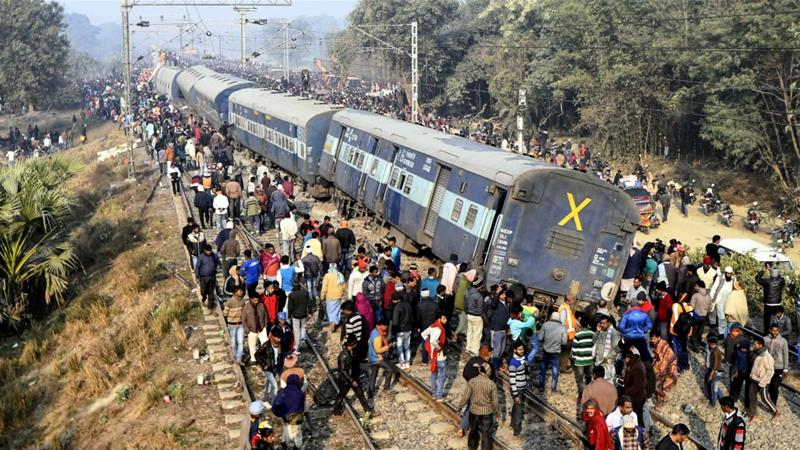 Seven passengers killed when train derails in Bihar