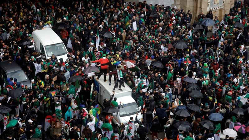 Hundreds of Thousands March Against Algeria's Bouteflika