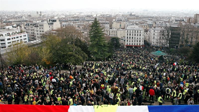 Russia's Foreign Ministry advises to avoid mass gatherings in France over protests