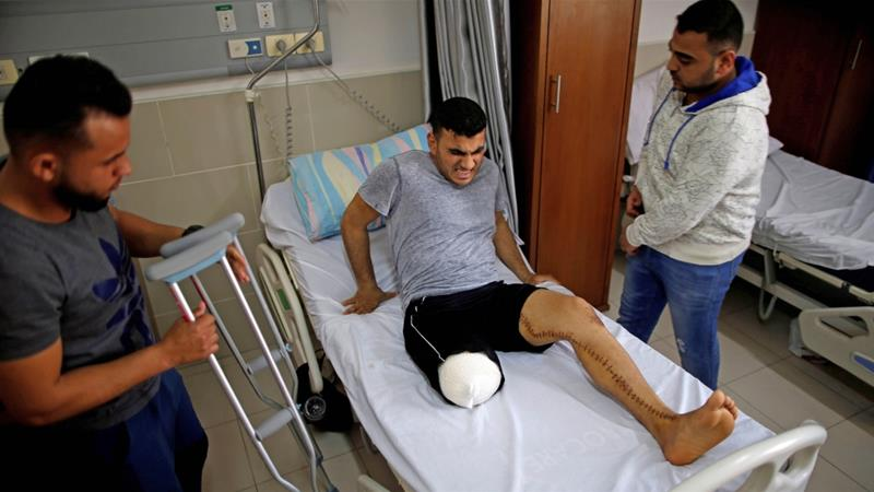 Palestinian cyclist Alaa Al-Daly, 21, lost his leg by a bullet fired by Israeli troops in Gaza City [Reuters/Suhaib Salem]