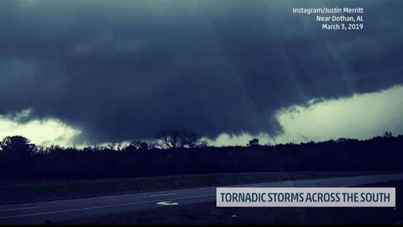 US: At least 14 killed after tornado hammers Alabama