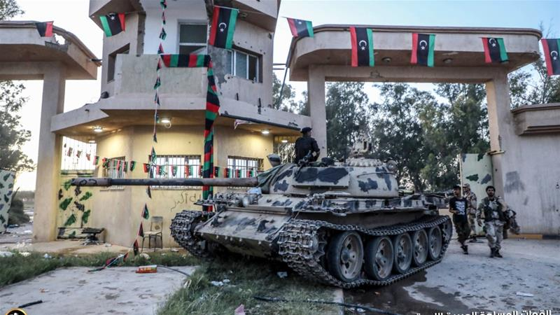 At least 4,500 Tripoli residents have been displaced by fighting between Haftar's eastern forces and troops loyal to the GNA, according to the UN [LNA War Information Division via AFP]