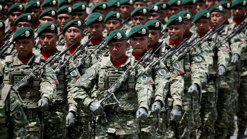 Members of Indonesia's Special Forces Kostrad on parade [File: Beawiharta/Reuters]