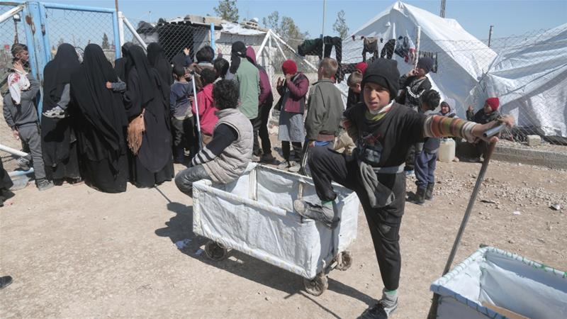 Red Cross: Hundreds of unaccompanied children flood Syria camp