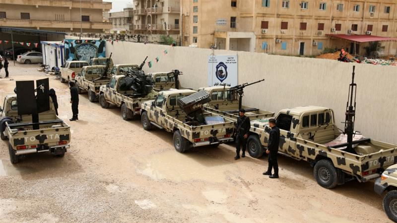 Libyan commander Khalifa Haftar's forces push into south of Tripoli