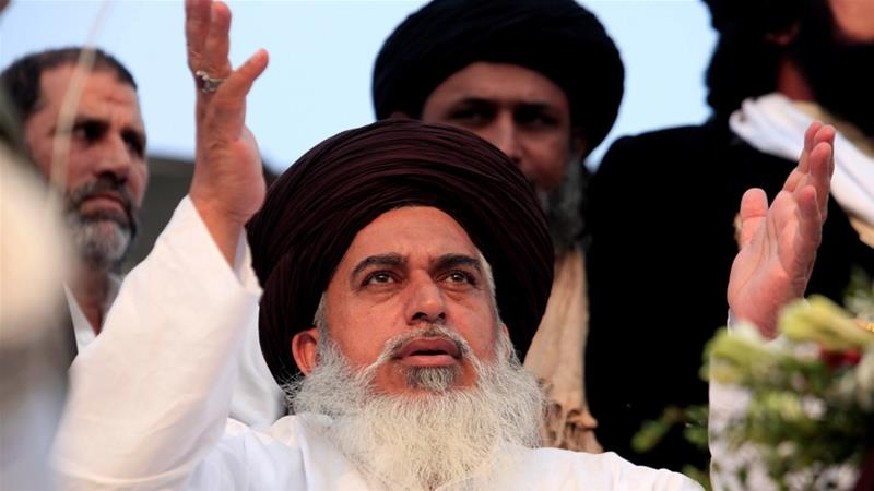 Khadim Hussain Rizvi was one of the two TLP leaders to be granted bail by the Lahore High Court [File: Faisal Mahmood/Reuters]