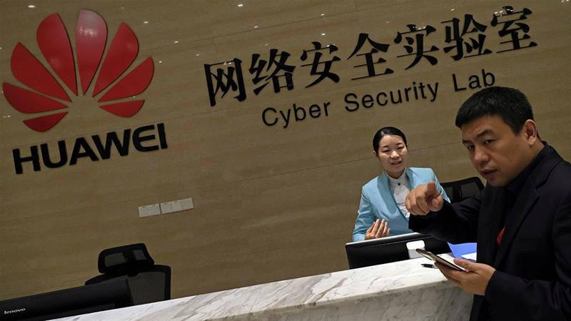 Soon, Huawei may no longer be able to do business in the United States [File: Tyrone Siu/Reuters]