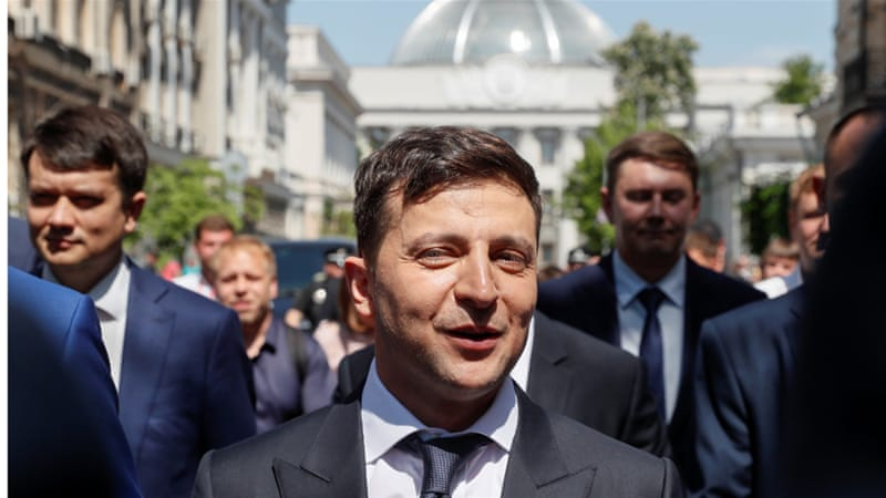 New Ukrainian President Zelensky calls early parliamentary polls