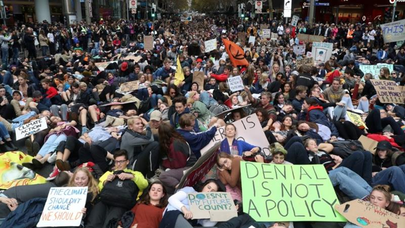 'We're one, we're back': Pupils renew world climate action strike