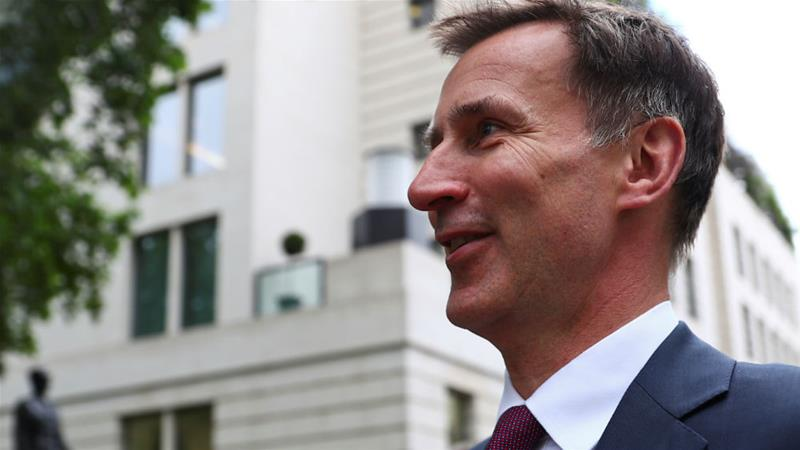 Jeremy Hunt has warned a 'no-deal' Brexit would lead the Conservative party to 'annihilation' [Hannah Mckay/Reuters]