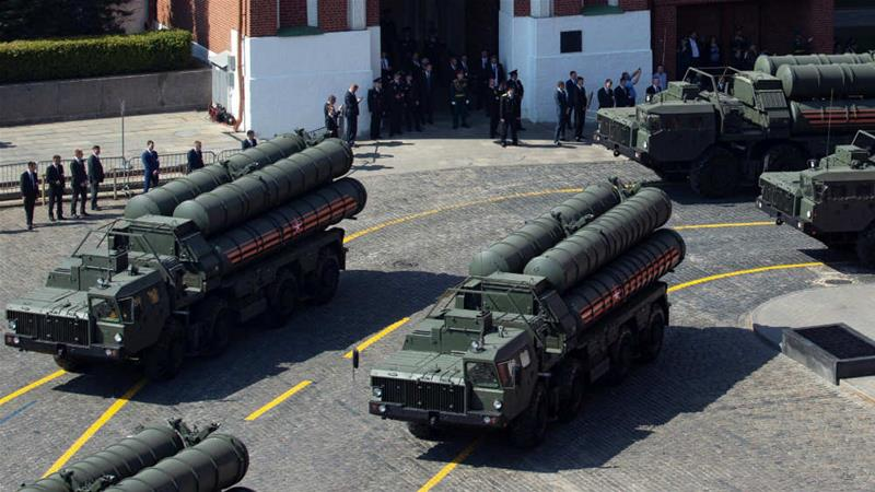 Why is Turkey's purchase of Russian weapons controversial?