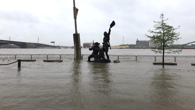 Severe weather sweeps across the southern US | News | Al Jazeera