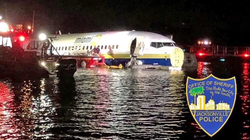 Lucky escape as Boeing 737 crashes into Florida river