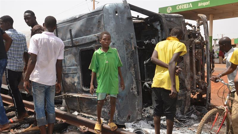 Oil tanker explosion kills dozens in Niger | Niger News | Al