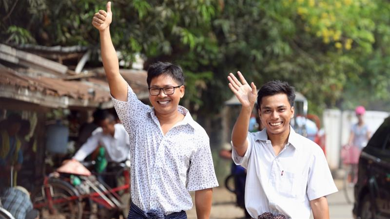 Myanmar releases Reuters journalists jailed for reporting on Rohingya crisis
