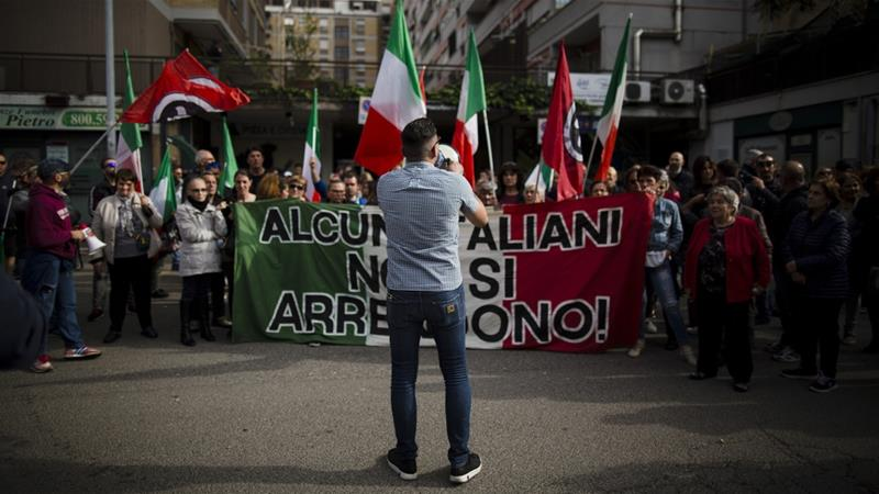 Casal Bruciato residents, supported by far-right organisation CasaPound, have been protesting for two days against Roma family being given social housing [Christian Minelli/NurPhoto/Getty Images]