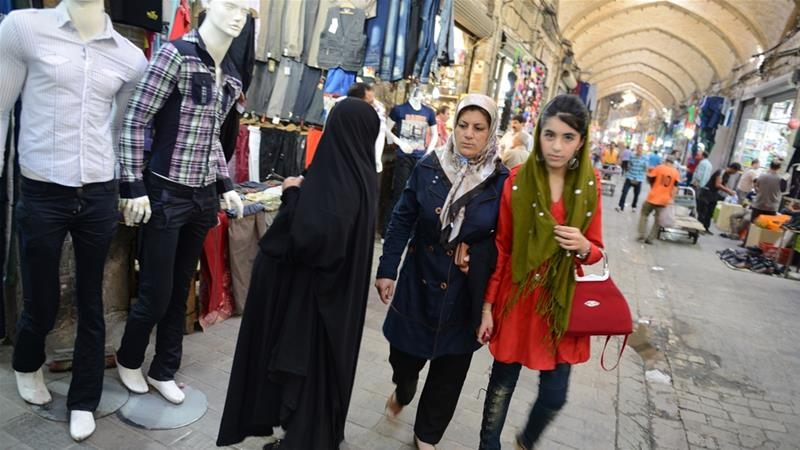 The grim economic outlook has deprived many Iranians of any hope for change File:Kaveh Kazemi/Getty]