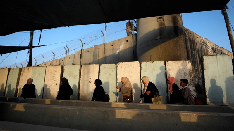 Palestinians living in the West Bank are subject to severe restrictions [File: Mohamad Torokman/Reuters]