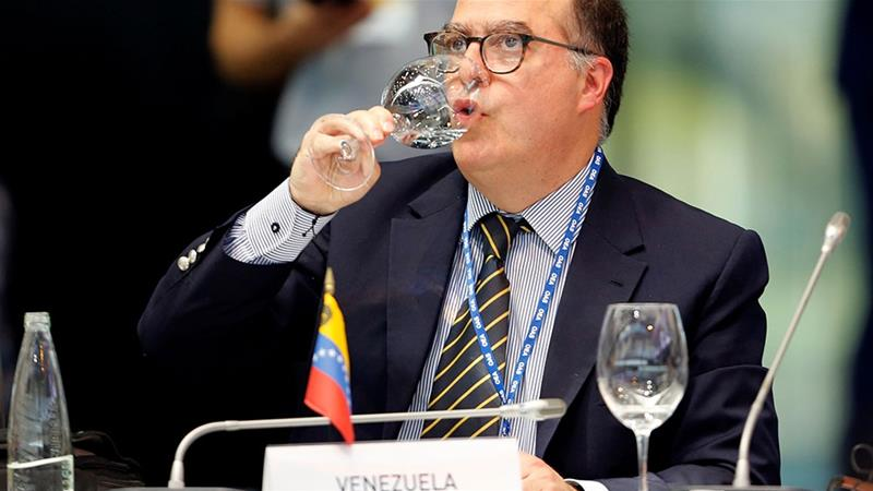 Representative of the Venezuelan opposition leader Juan Guaido, Julio Borges, drinks water during an Organization of American States (OAS) [David Estrada Larraneta/Reuters]