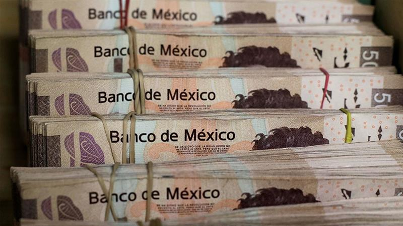 Fitch downgrades Pemex debt to 'junk'
