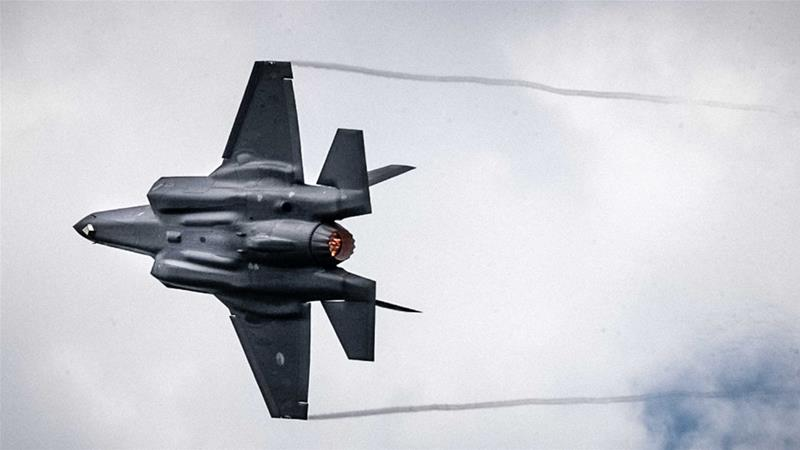 Washington says S-400s are a danger to US-made F-35 stealth fighter jets [Rob Engelaar/EPA-EFE]