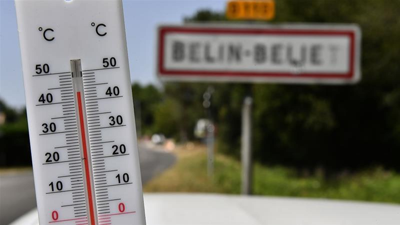 The temperature measures 43 Celsius in the village of Belin-Beliet, France. Heat will continue through Thursday before storms and more moderate air pushes in before the weekend [George Gobet/AFP]