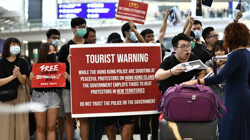 China Angered After German Minister Meets Hong Kong Activist