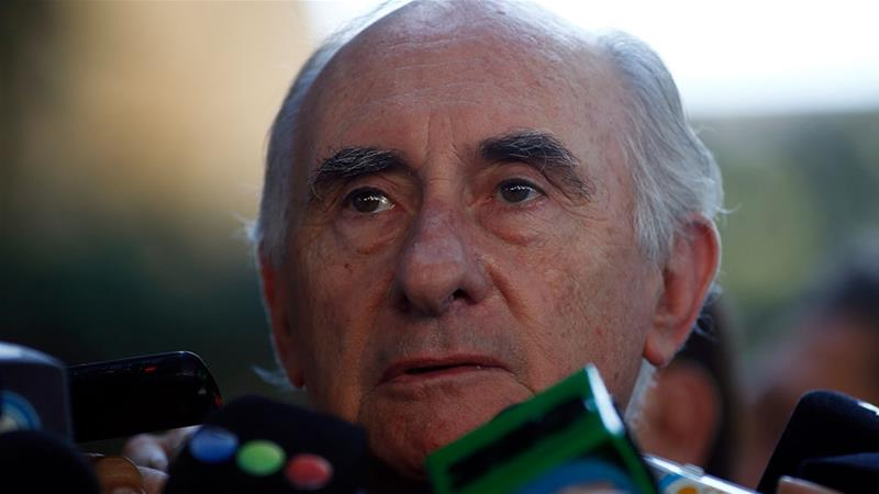 Former Argentine President Fernando de la Rua speaking to journalists after leaving a court in Buenos Aires [File: Marcos Brindicci/Reuters]