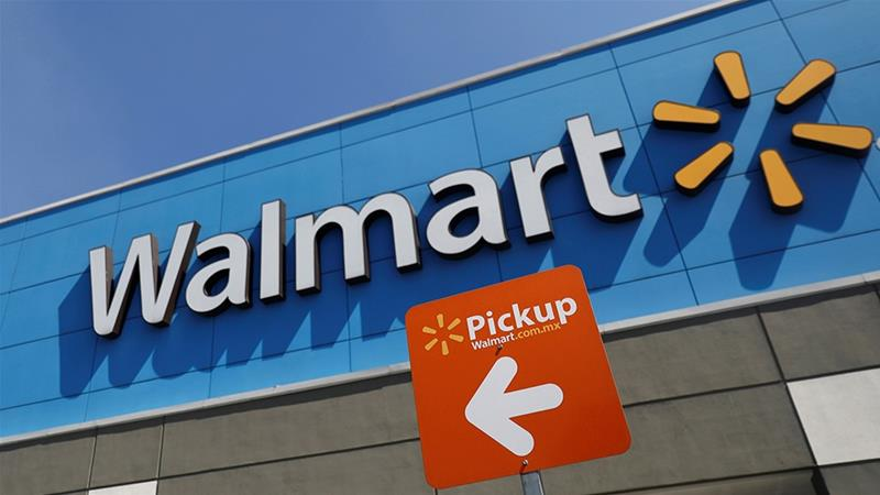 Walmart shoppers appear unfazed by talk of recession
