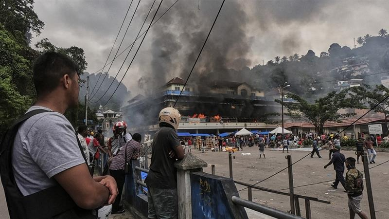 Demonstrators in Fakfak West Papua province reportedly set the public market on fire on Wednesday