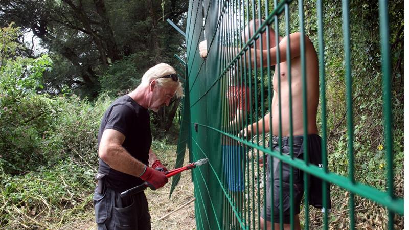 Αποτέλεσμα εικόνας για NEW FENCE IN SLOVENIA