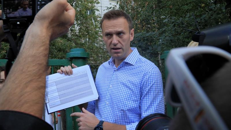 Mass Nationwide Raids Target Russian Opposition Leader Navalny's Allies