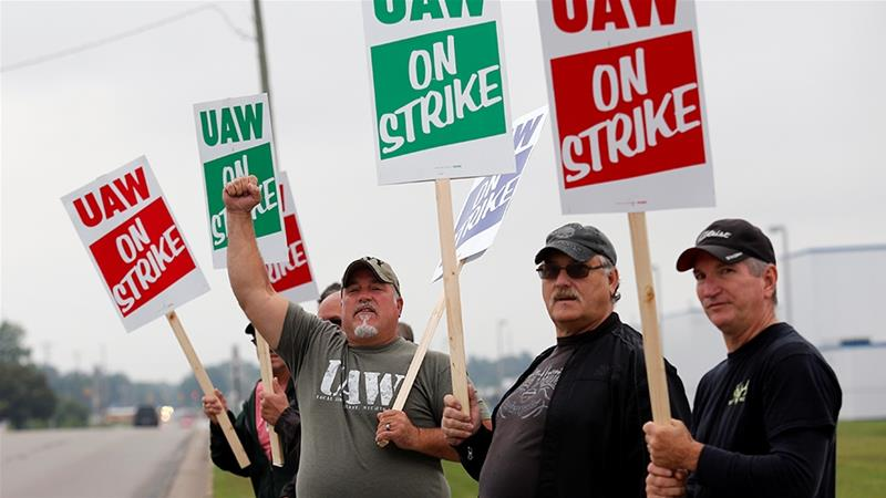The UAW wants to stop GM from closing a facility in Lordstown and an assembly plant in Detroit, and says workers deserve higher pay after years of record profits for GM in North America [Rebecca Cook/Reuters]