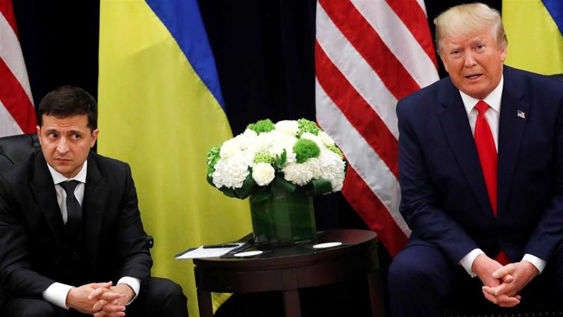 Ukraine's President Zelenskyy listens during a meeting with US President Trump on the sidelines of the 74th UNGA in New York on September 25, 2019 [Reuters/Jonathan Ernst]