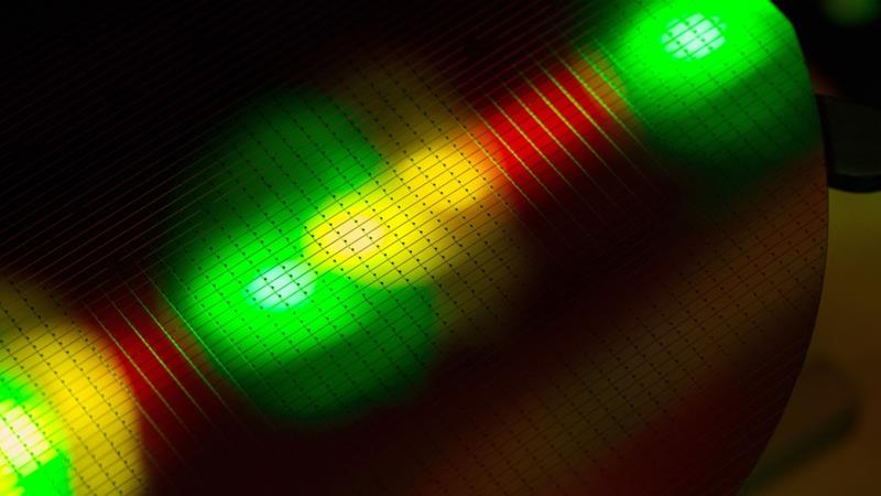Japanese firm shines the way towards computer chips of