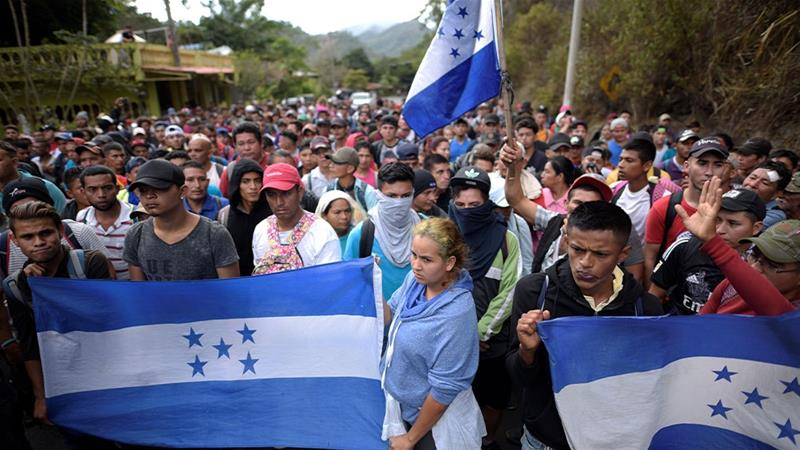 Mexico begins allowing Hondurans through southern border