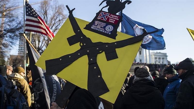 Thousands of gun rights activists, many armed, rally in Virginia