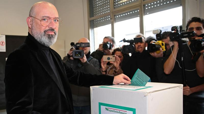 Stefano Bonaccini, the left-wing candidate, casts his ballot at a polling station during the regional elections in Emilia-Romagna [Elisabetta Baracchi/EPA-EFE/ANSA]